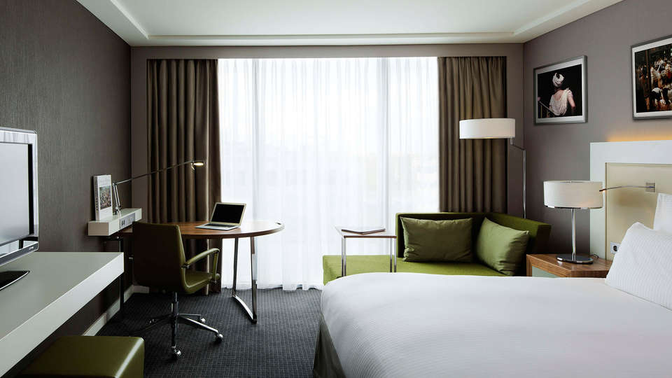 Pullman Paris Centre Bercy - edit_room1.jpg