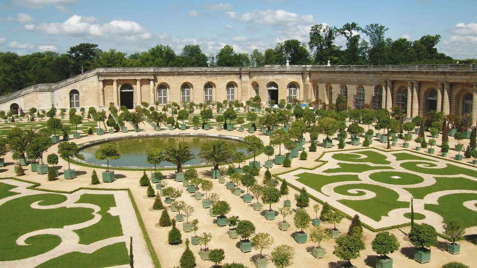 Hotel Le Louis Versailles Château - MGallery - edit_Versailles11.jpg