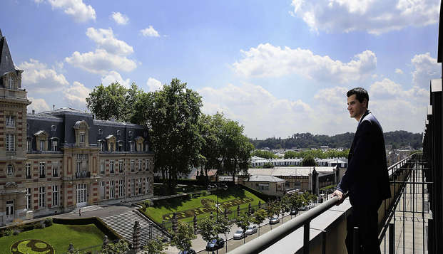Le Louis Versailles Chateau MGallery by Sofitel - view