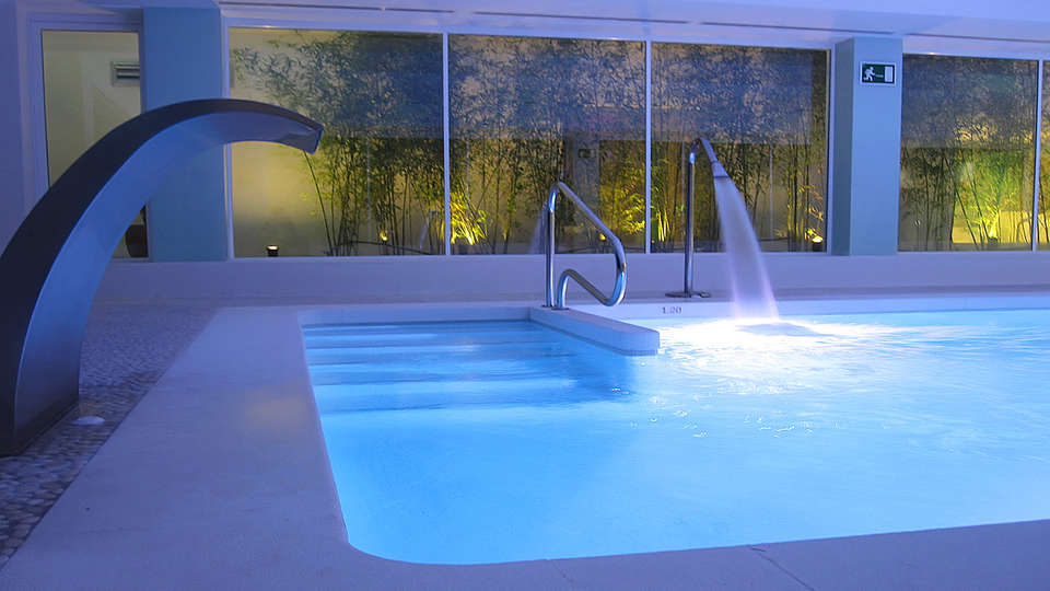 Del Mar Hotel & SPA - edit_spa_pool.jpg