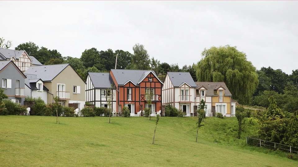Pierre et Vacances Village Normandy Garden - edit_facade2.jpg