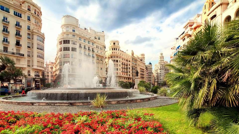 Sercotel Hotel Ciscar - edit_Fotolia_95388143_valencia.jpg