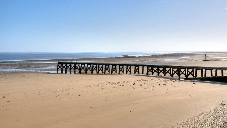 Week end avec d ner courseulles sur mer avec 1 d ner 4 - La cremaillere cote mer et hotel cote jardin ...