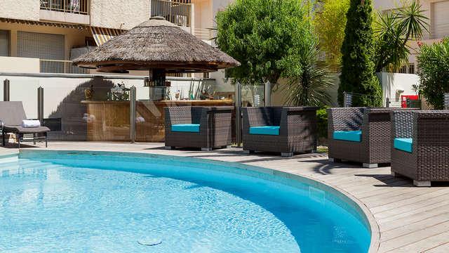 Romanticismo y relax en una suite nupcial en el centro de Cannes
