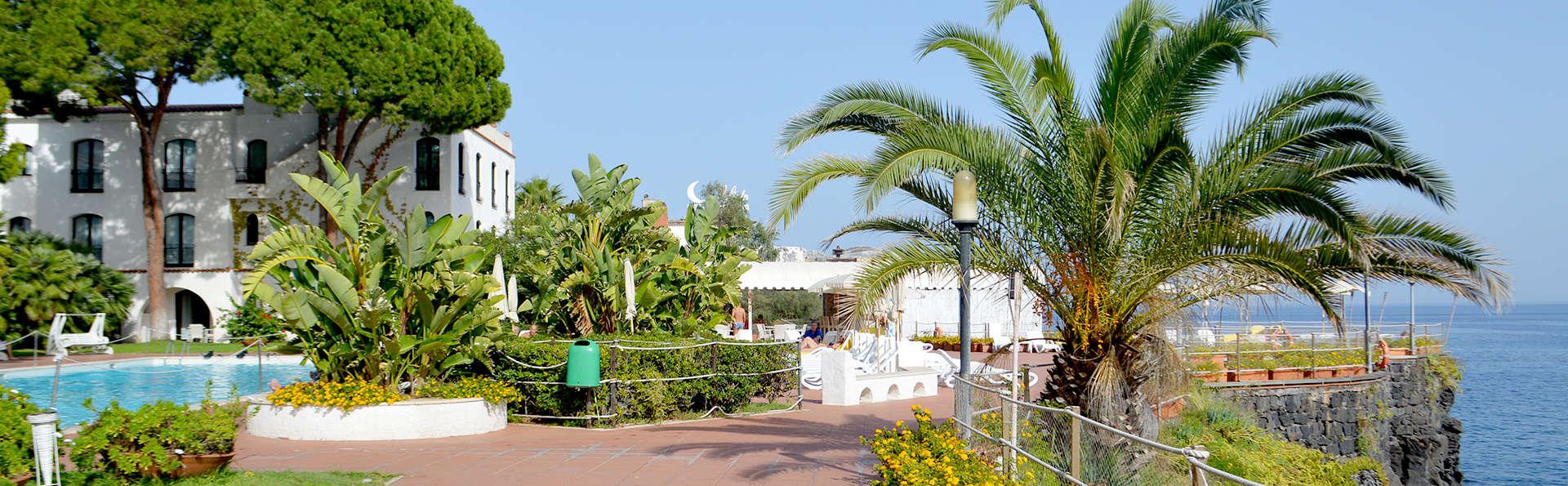 Grand Hotel Baia Verde - Edit_Terrace2.jpg