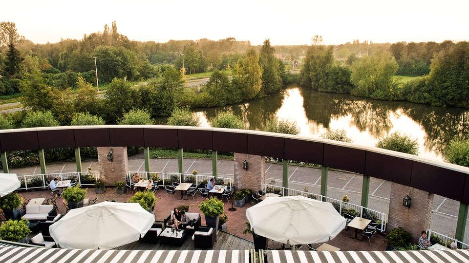 Van der Valk Hotel Leusden - Amersfoort - edit_terras.jpg