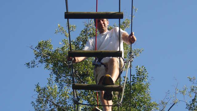 Sportief uitje met toegang tot het klimpark Parc Accrobranche