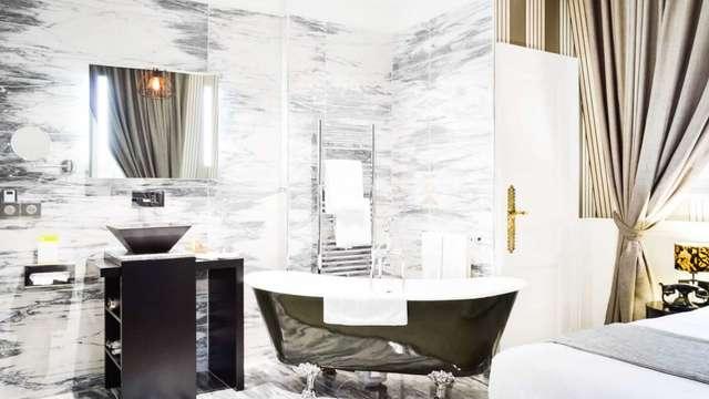 accès au bain bouillonnant privé pour 2 adultes