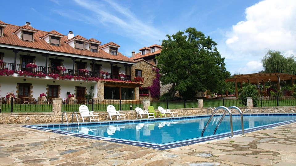Hostería Spa El Pomar - edit_pool_ex.jpg