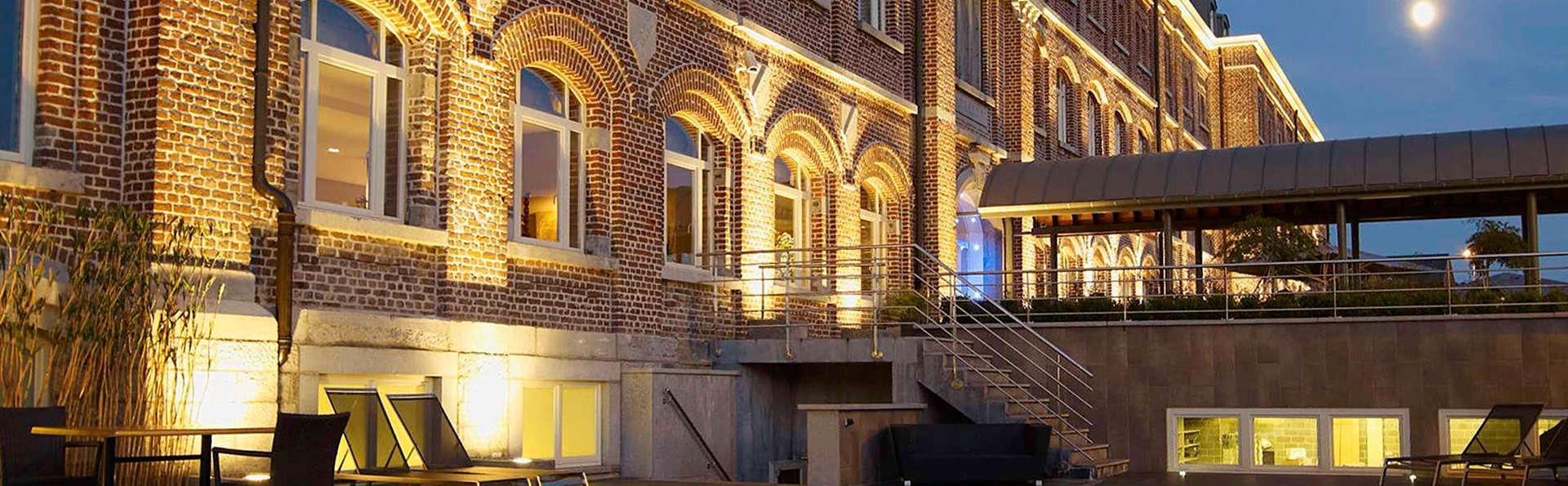 Van der Valk Hotel Verviers - edit_pool_facade.jpg