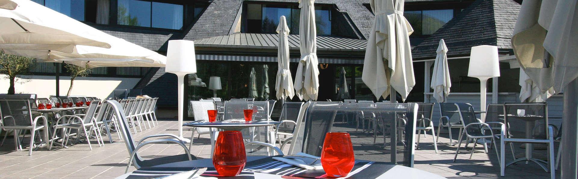 Quality Hotel Le Cervolan - edit_terras.jpg