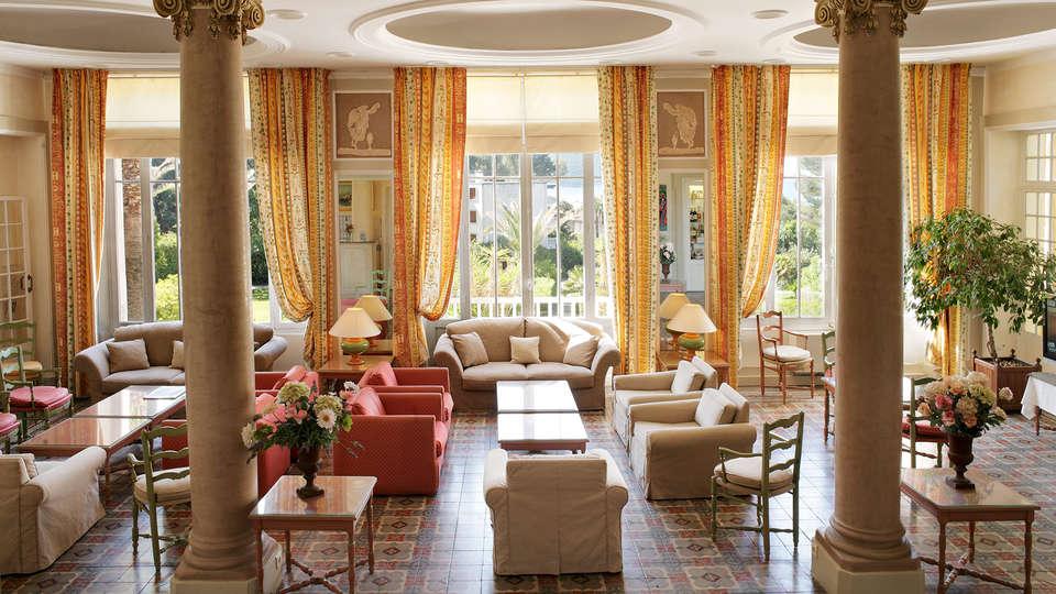 Grand Hôtel des Lecques - edit_lounge.jpg