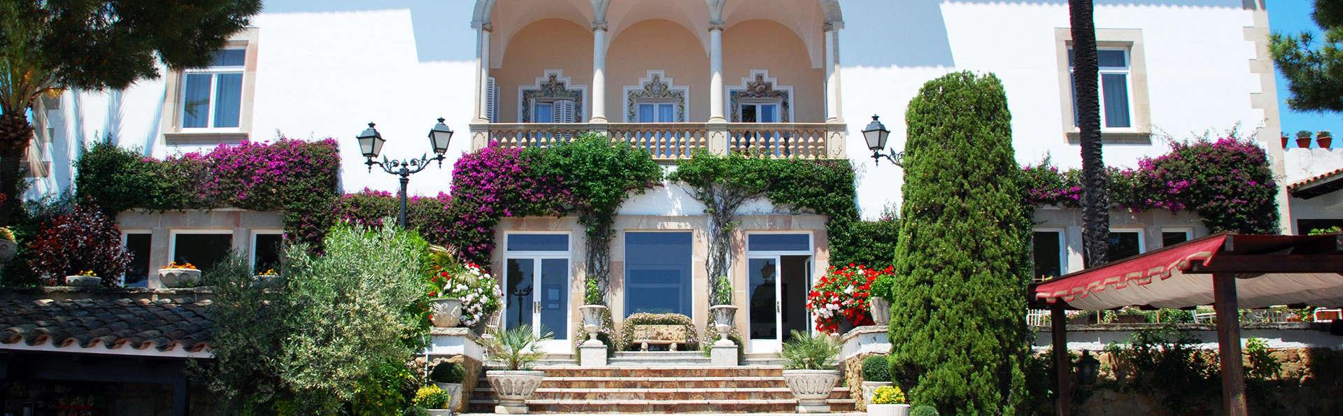 Hotel Roger de Flor Palace - EDIT_NEW_front.jpg