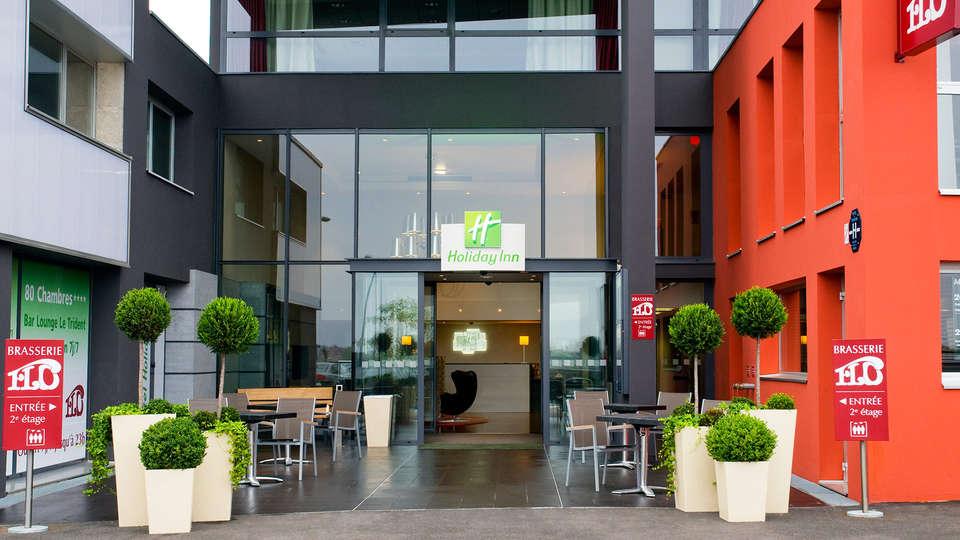 Holiday Inn Mulhouse - edit_entrance.jpg
