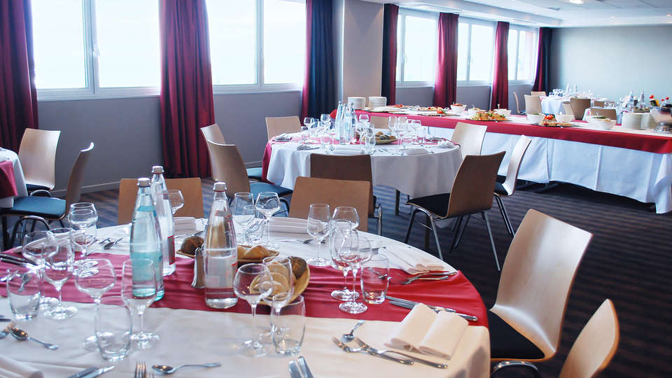 Holiday Inn Mulhouse - edit_restaurant3.jpg