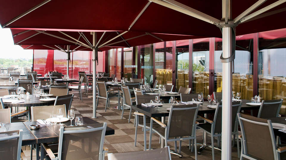 Holiday Inn Mulhouse - edit_terras1.jpg