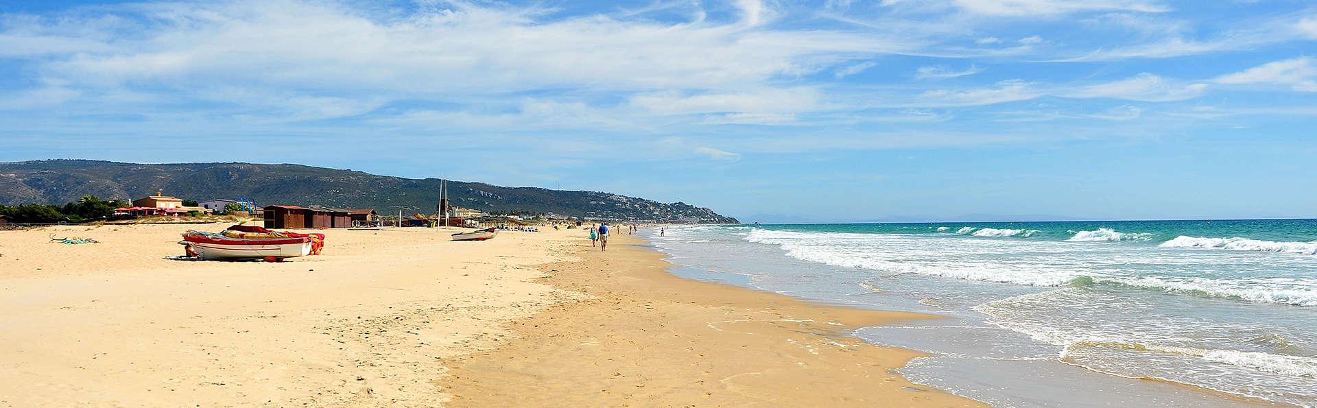 Disfruta de unas vistas preciosas al mar a pie de playa en Zahara de los Atunes