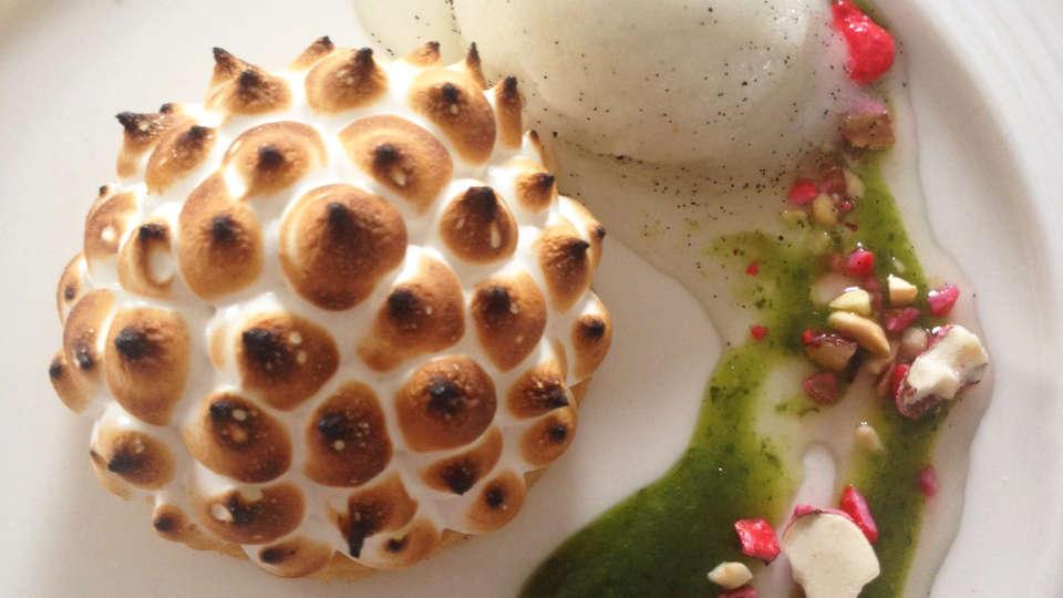 Hôtel Les Sables Blancs - edit_food.jpg