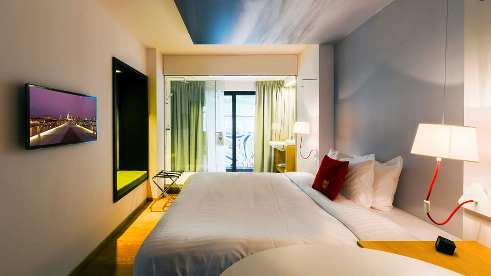 Hotel The Royal Snail - edit_room5.jpg