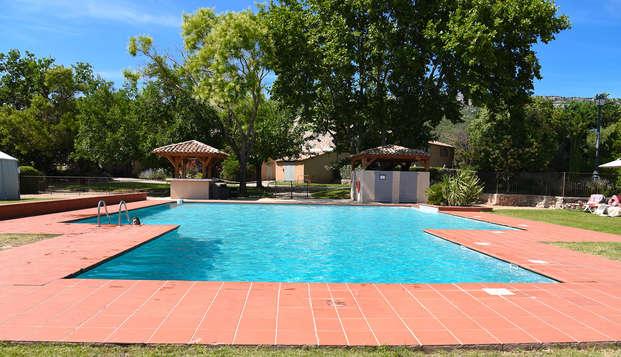 Mercure Aix-en-Provence Sainte-Victoire - pool