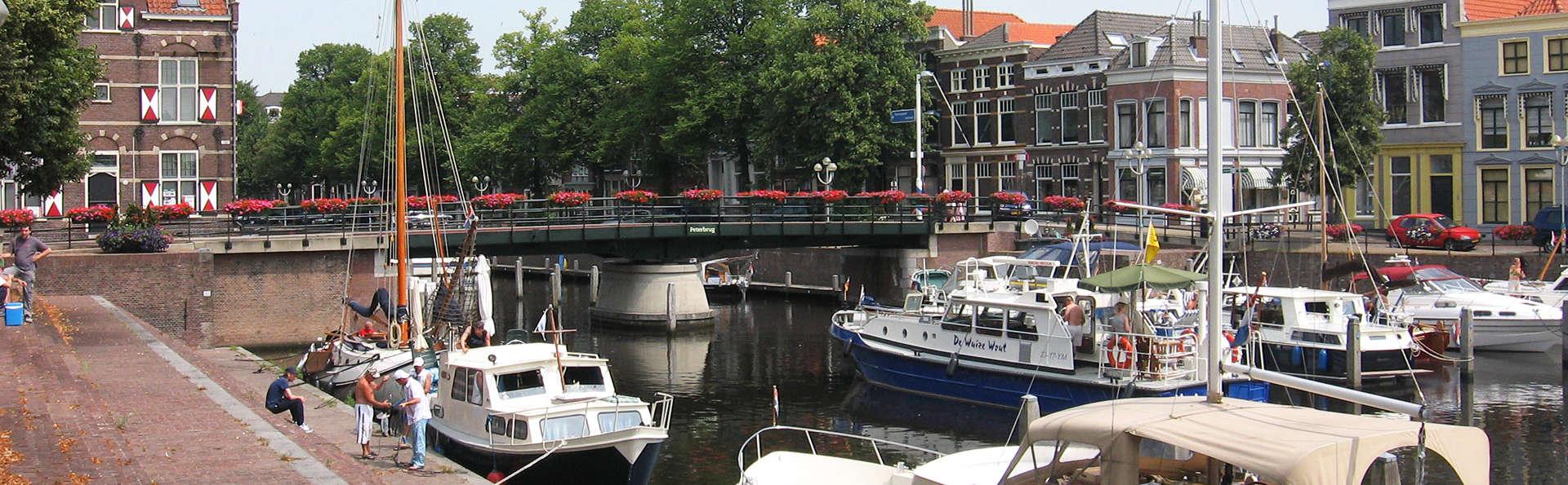 Visita la ciudad de Gorinchem y admira las vistas del río Waal