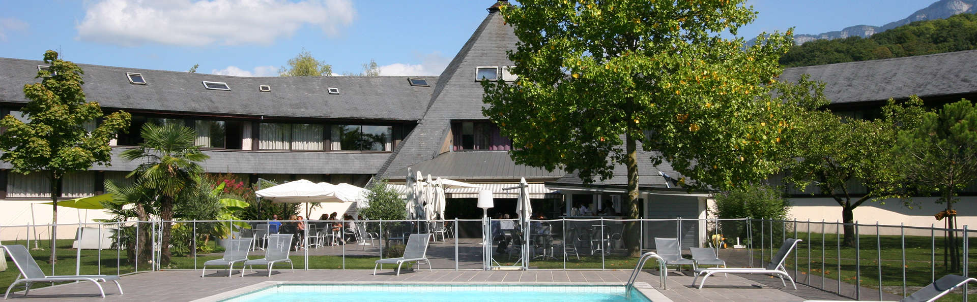 Hôtel Le Cervolan - edit_pool5.jpg