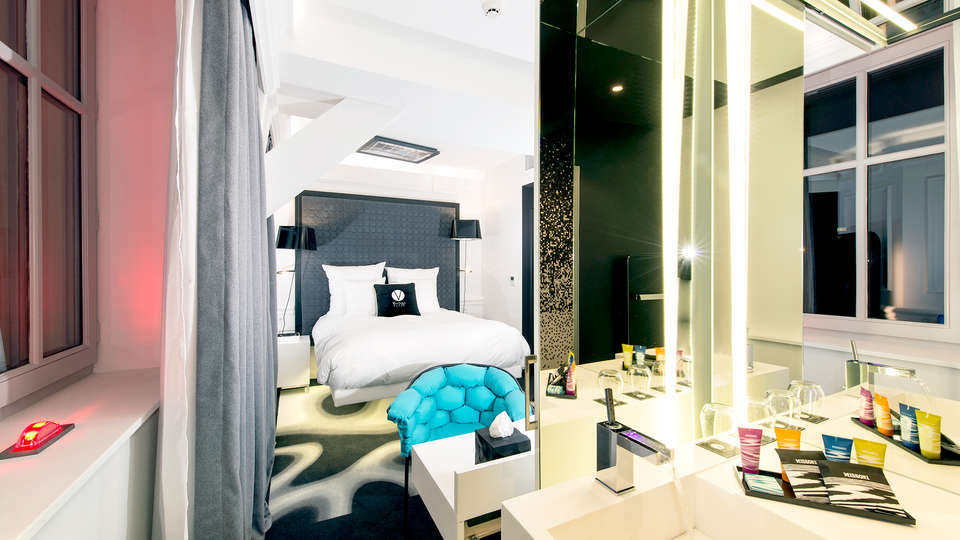 Hotel Vertigo - Edit_Room3.jpg