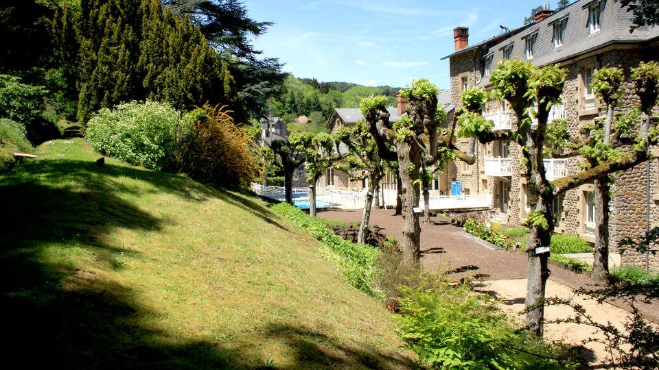Hôtel Mercure Saint-Nectaire Spa & Bien-être  - Edit_Garden.jpg