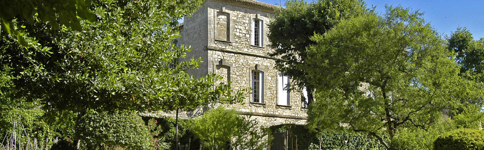 Château d'Arpaillargues - EDIT_Facade_du_Chateau.jpg