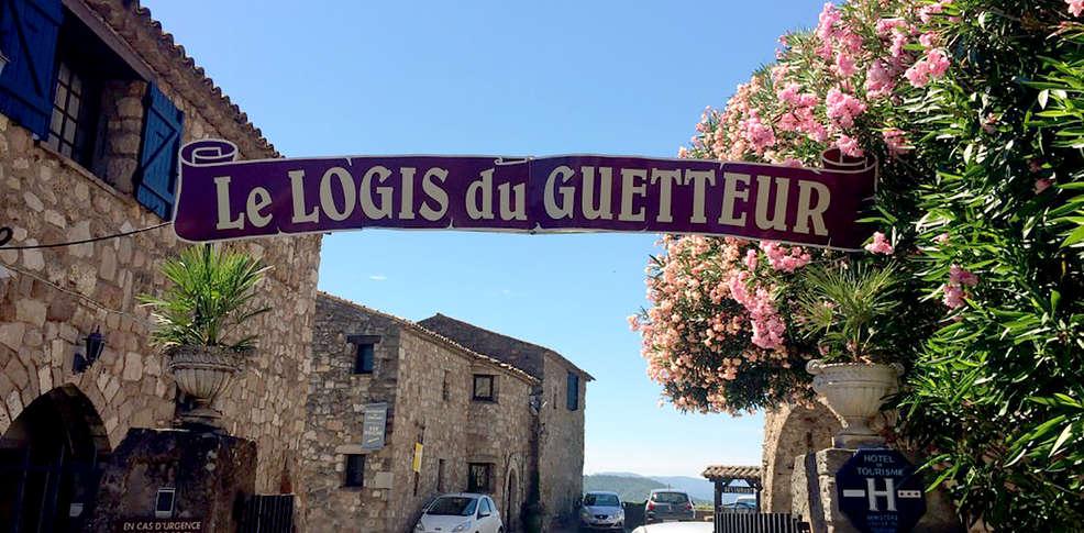 Logis du guetteur 3 les arcs sur argens france for Logis de france toulouse