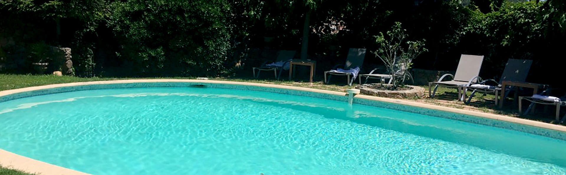 Logis du Guetteur  - Edit_Pool2.jpg