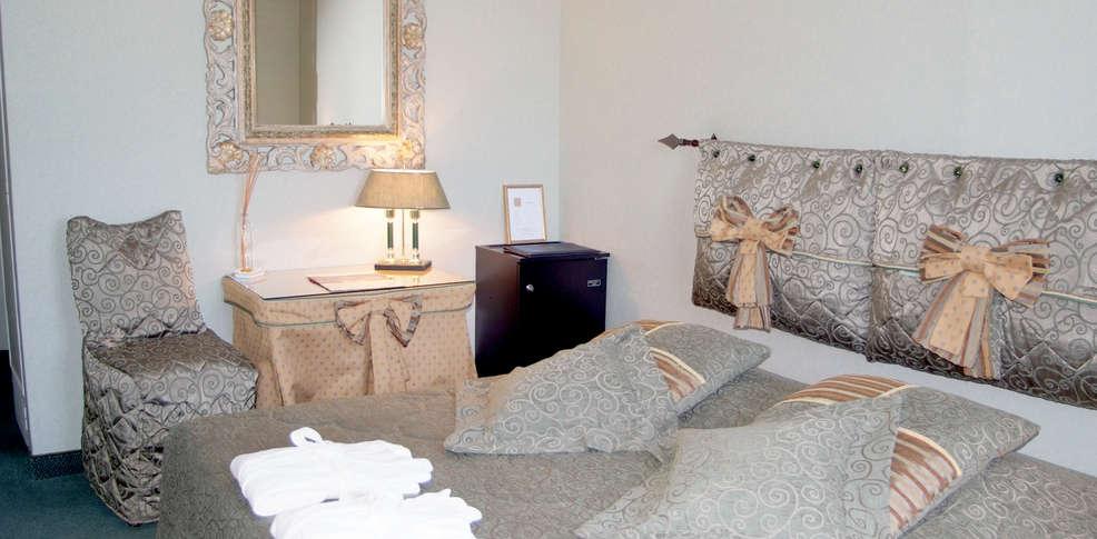 logis du guetteur 3 les arcs sur argens france. Black Bedroom Furniture Sets. Home Design Ideas