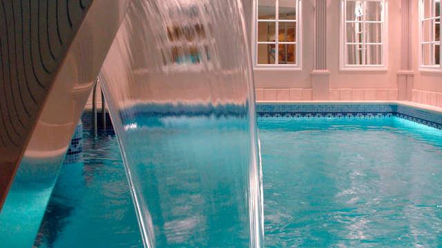 Week-end de détente avec massage dos nuque aux pierres chaud, balnéothérapie et bulles