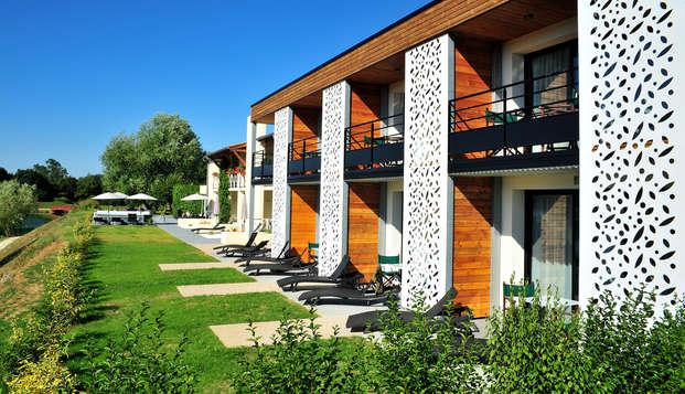 Hotel The Originals Les Jardins du Lac ex Relais du Silence - front