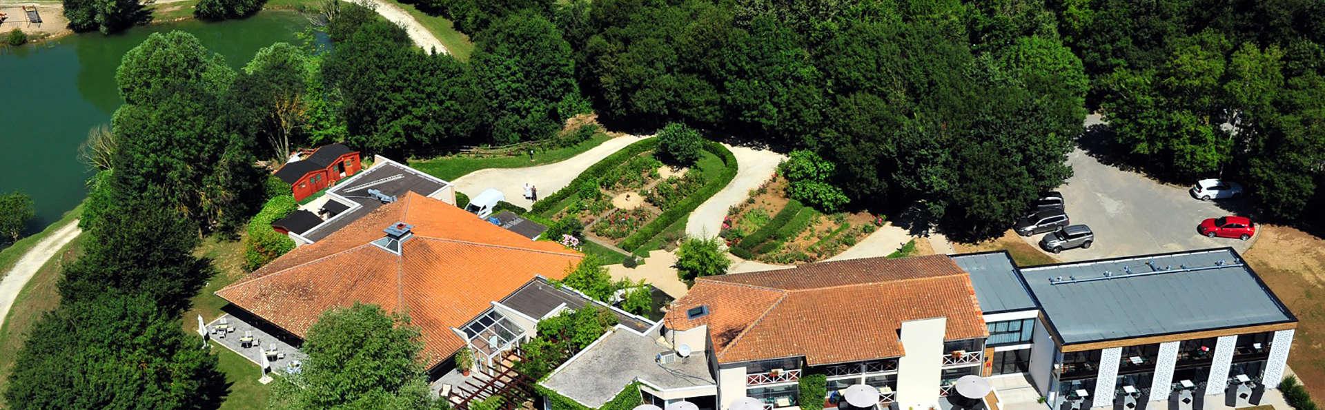 Hotel The Originals Les Jardins du Lac (ex Relais du Silence) - EDIT_aerea.jpg