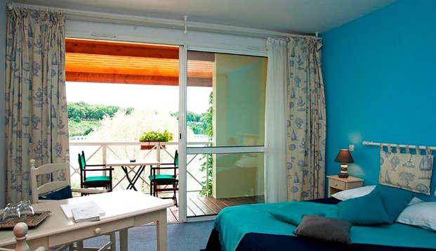 Hotel The Originals Les Jardins du Lac ex Relais du Silence - room