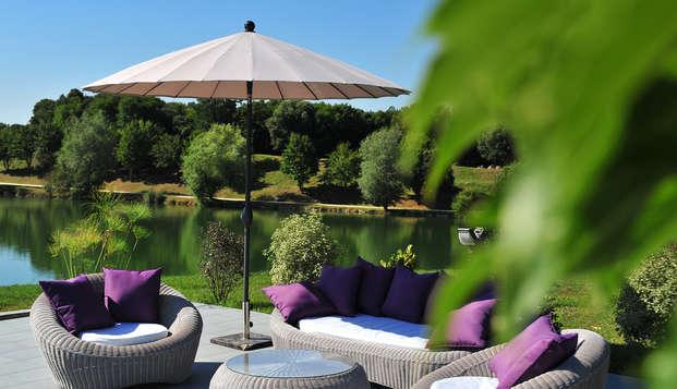 Hotel The Originals Les Jardins du Lac ex Relais du Silence - terrace