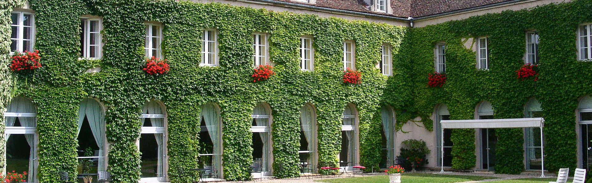 Les Ursulines Hôtel - EDIT_front.jpg