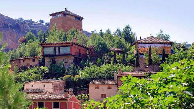 Escapada Romántica de cuento de hadas con Copa de bienvenida en la provincia de Soria