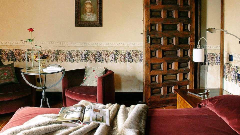 Hotel Rural Castillo de Somaén - edit_room53.jpg