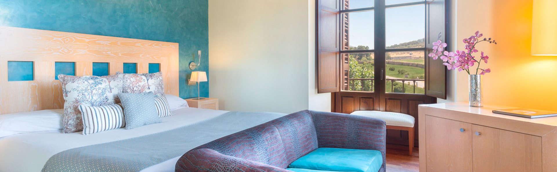 Izan Puerta de Gredos - EDIT_room3.jpg