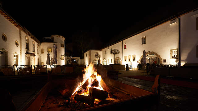 Relax e riposo in un superbo castello vicino a Clervaux