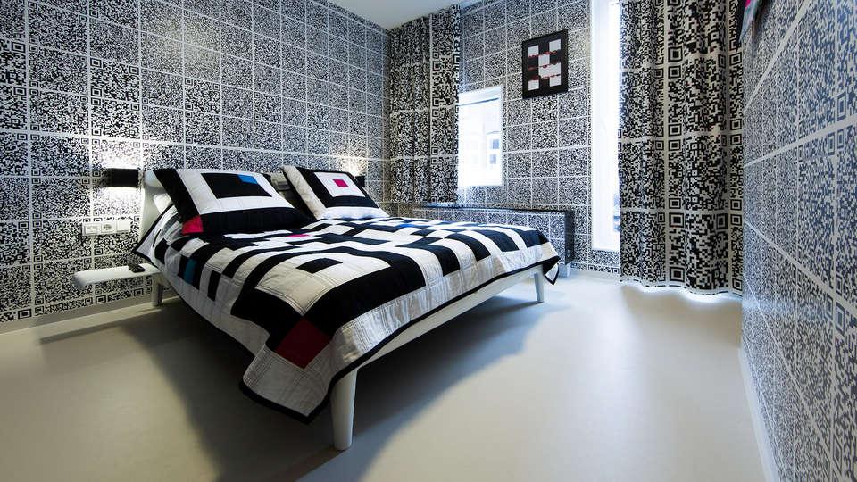 Design Hotel Modez - EDIT_room16.jpg
