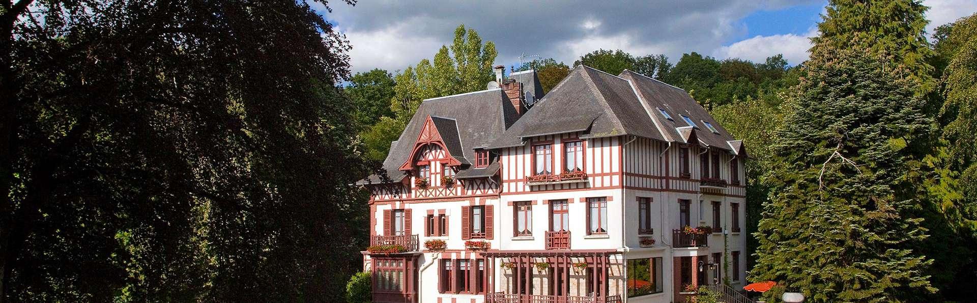 Villa Bois Joli - edit_front.jpg