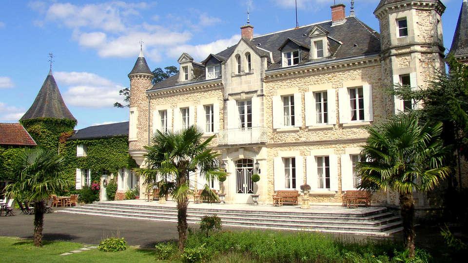 Château de Buros - EDIT_front.jpg