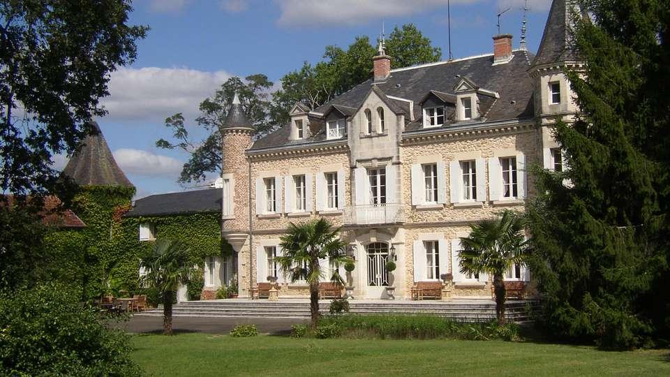 Château de Buros - edit_front32ee.jpg