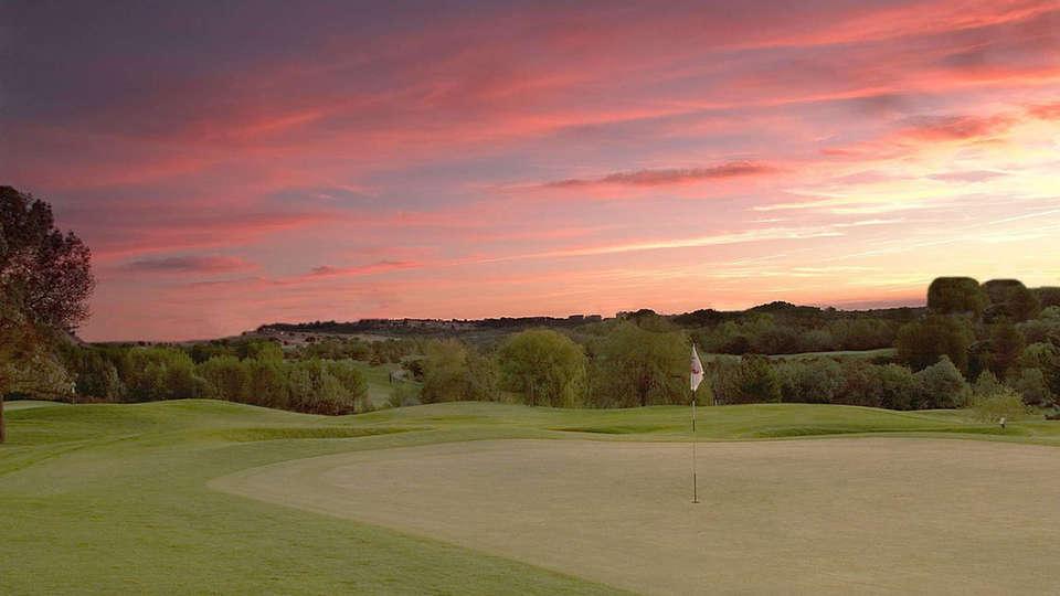 Quality Hotel du Golf Montpellier Juvignac - edit_Golf_Hotel_De_Montpellier_Juvignac_Couche_de_soleil_sur_le_golf.jpg