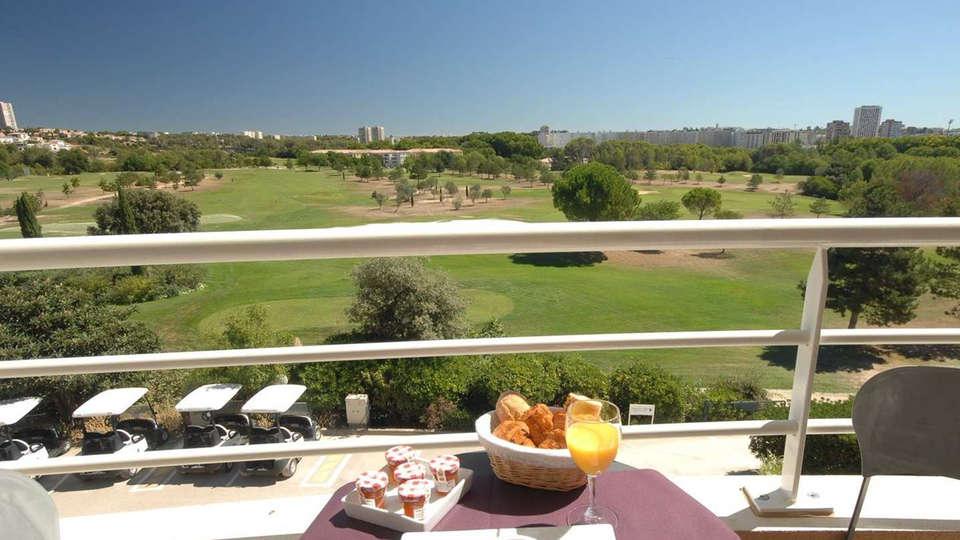Quality Hotel du Golf Montpellier Juvignac - edit_terras3.jpg