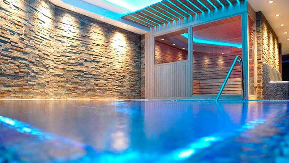 Hotel & Spa Niunit - EDIT_spa.jpg