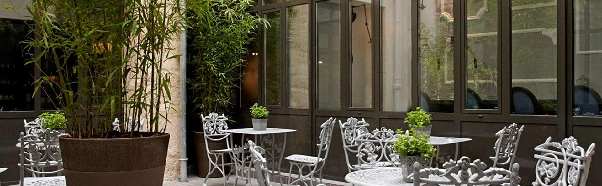 Hôtel Mademoiselle - edit_terras.jpg